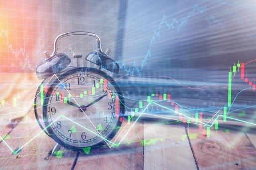 câștigurile pe bitcoin fără investiții strategie triunghi opțiuni binare