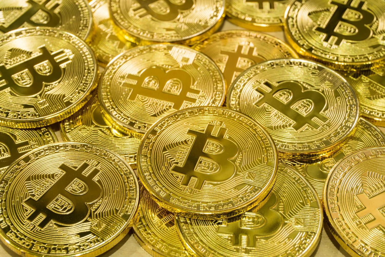 trimiteți bani în portofelul bitcoin pericolele bitcoin