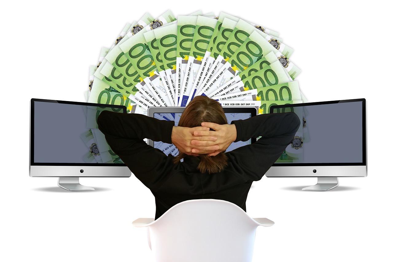 site- uri pentru a face bani pe internet cu o investiție