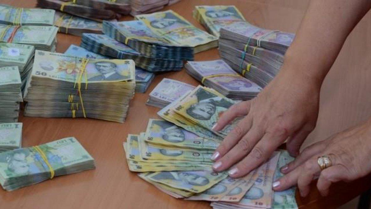 Noi Locuri de Munca   Câștigă o sută de mii de euro!