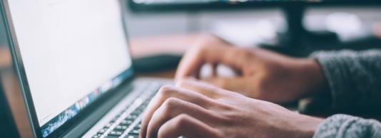 cum să strângeți bani pe internet cu investiții